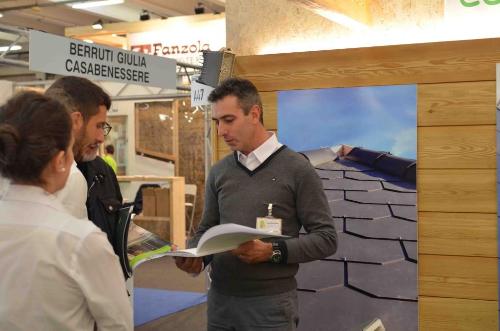 Foto 3 dello Stand di Eco Idee Ediliza a Lario fiere per Como Casa Clima